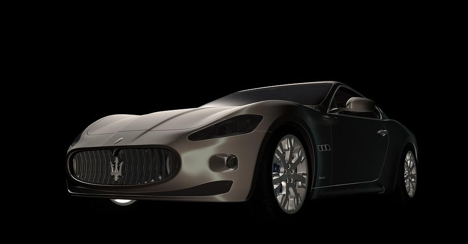 Машина Maserati GT
